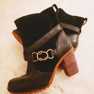 Timberland Dennett Black Ankle Booties Size: 8